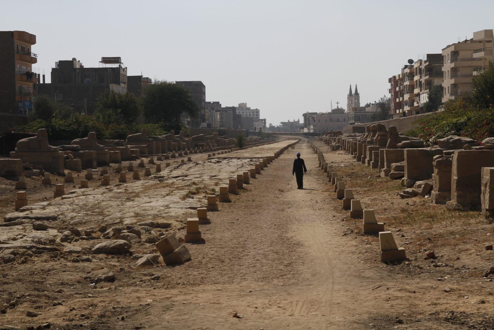 Der Muth Tempel auf der Eastside von Luxor