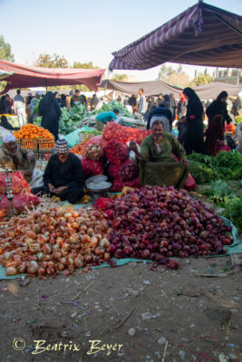Luxor - auf dem Wochenmarkt